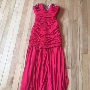 Gorgeous Red Prom Gown